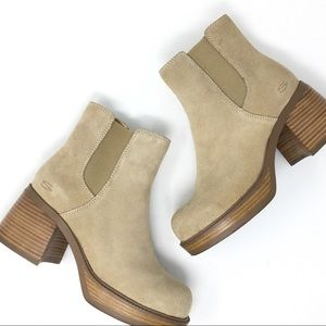 Vintage Sketchers 70s Style Platform Suede Boots